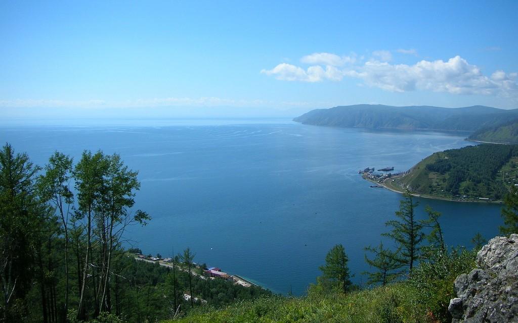 Вид на Байкал из Листвянки